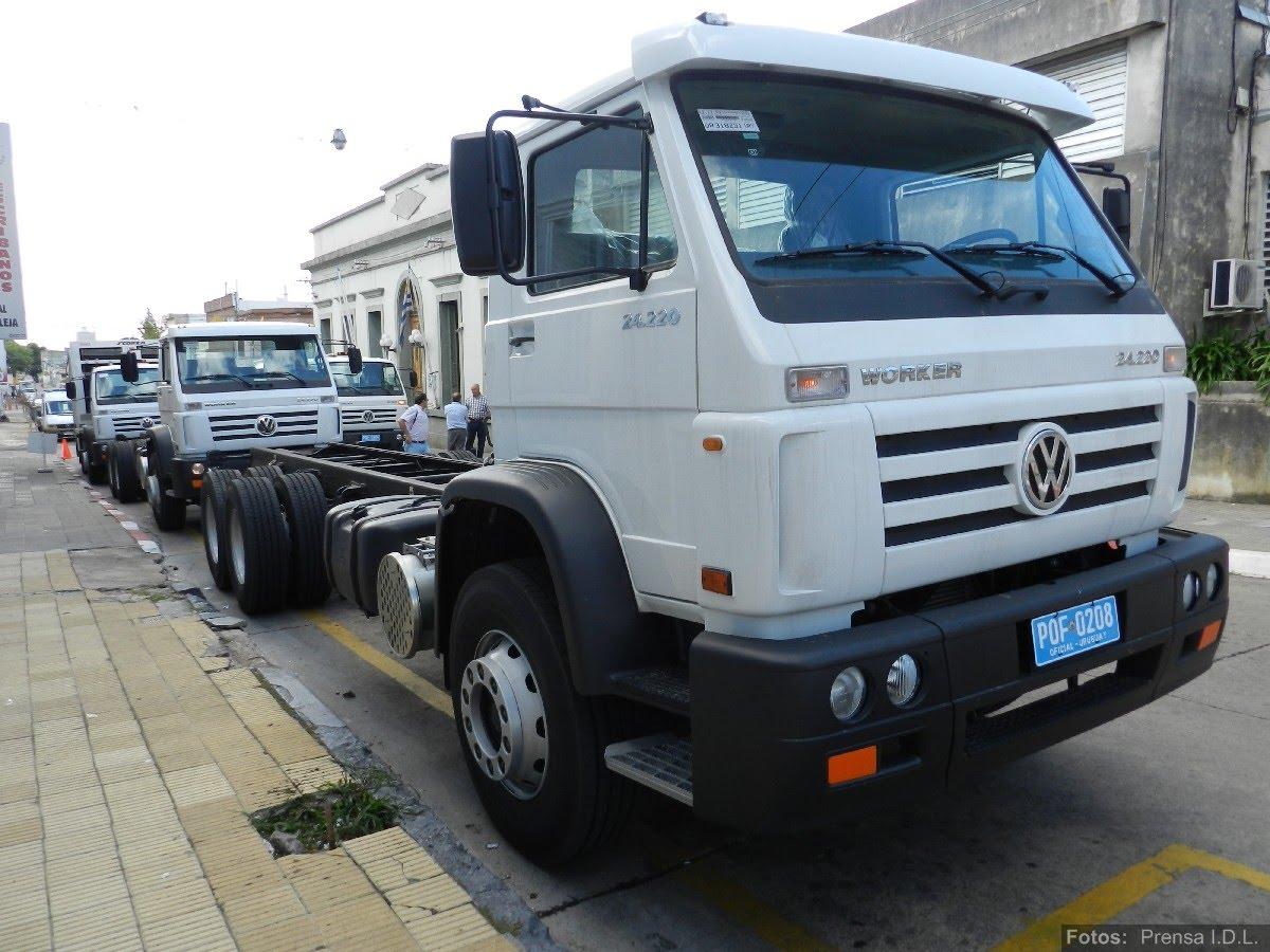 att-1-nuevos-camiones-intendencia-departamental-de-lavalleja.JPG